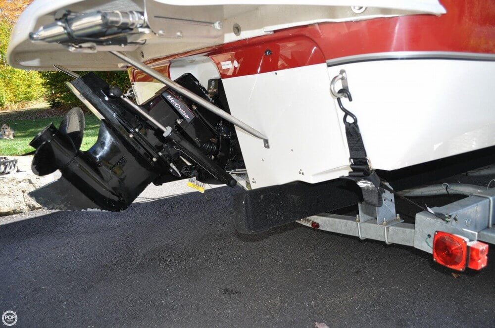 2011 Bayliner 217 SD Deck Boat - Photo #16