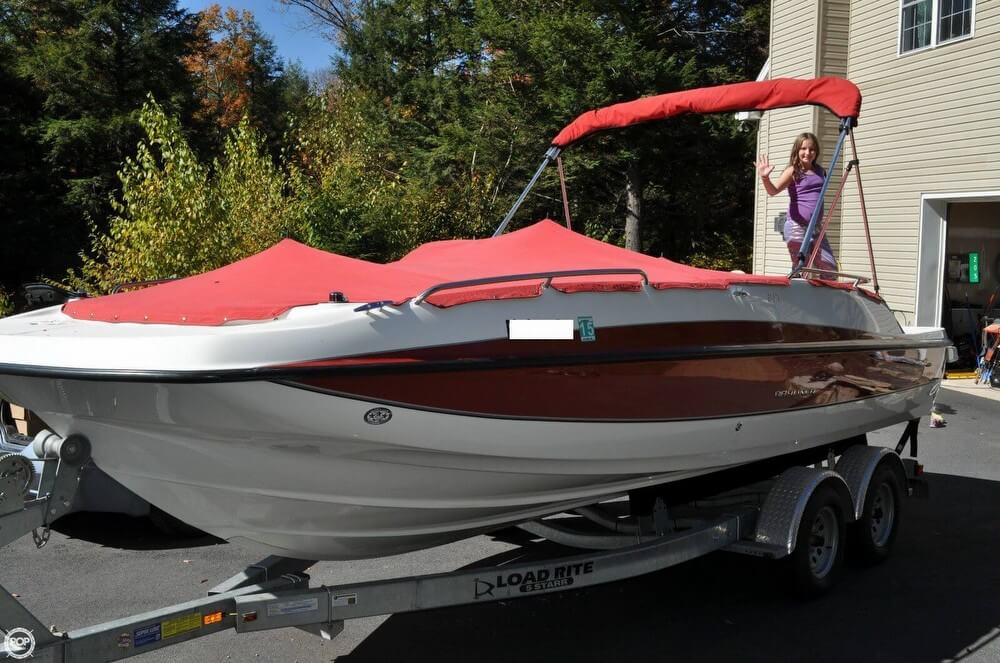 2011 Bayliner 217 SD Deck Boat - Photo #3