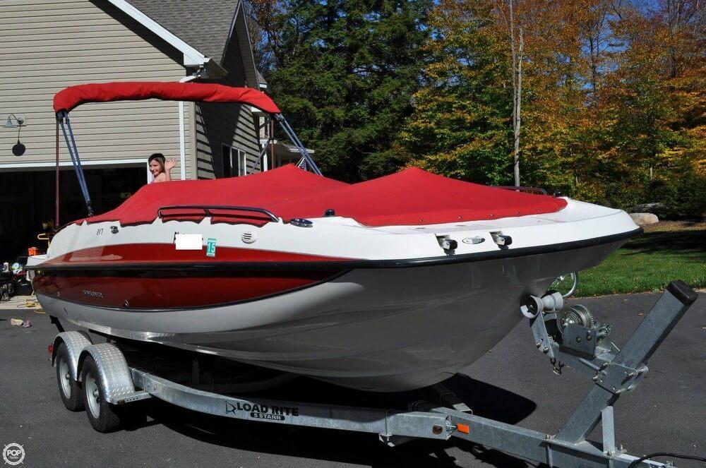 2011 Bayliner 217 SD Deck Boat - Photo #4