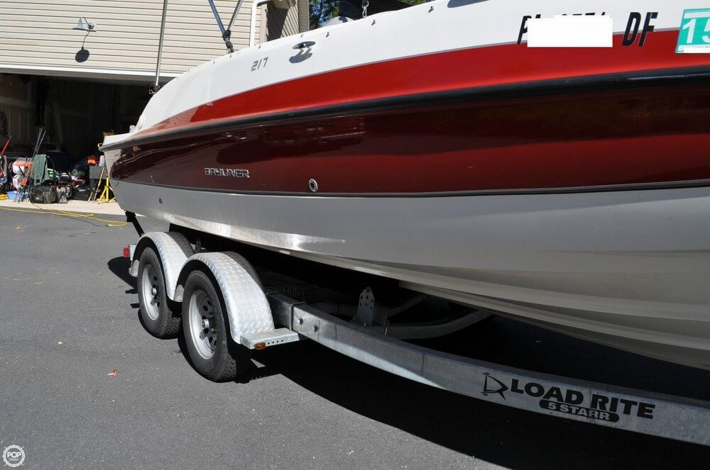 2011 Bayliner 217 SD Deck Boat - Photo #20