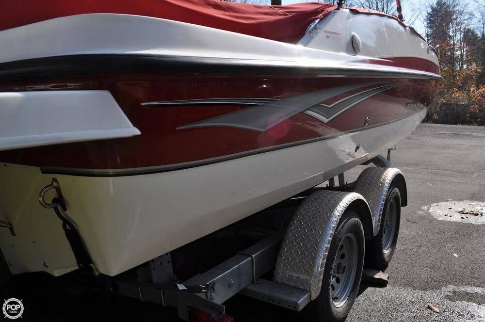 2011 Bayliner 217 SD Deck Boat - Photo #27