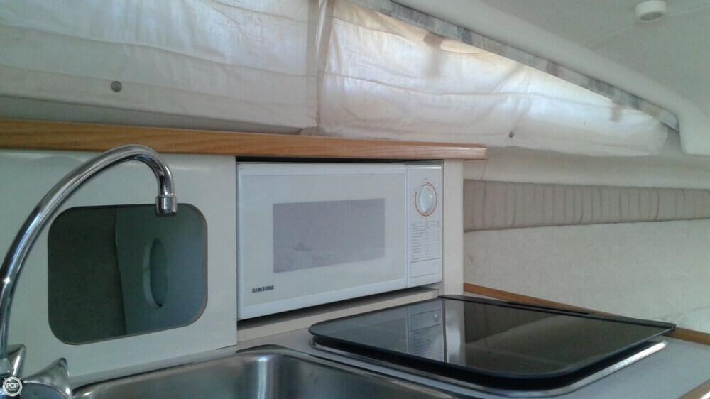 1998 Bayliner boat for sale, model of the boat is 2355 Ciera Sunbridge & Image # 31 of 41