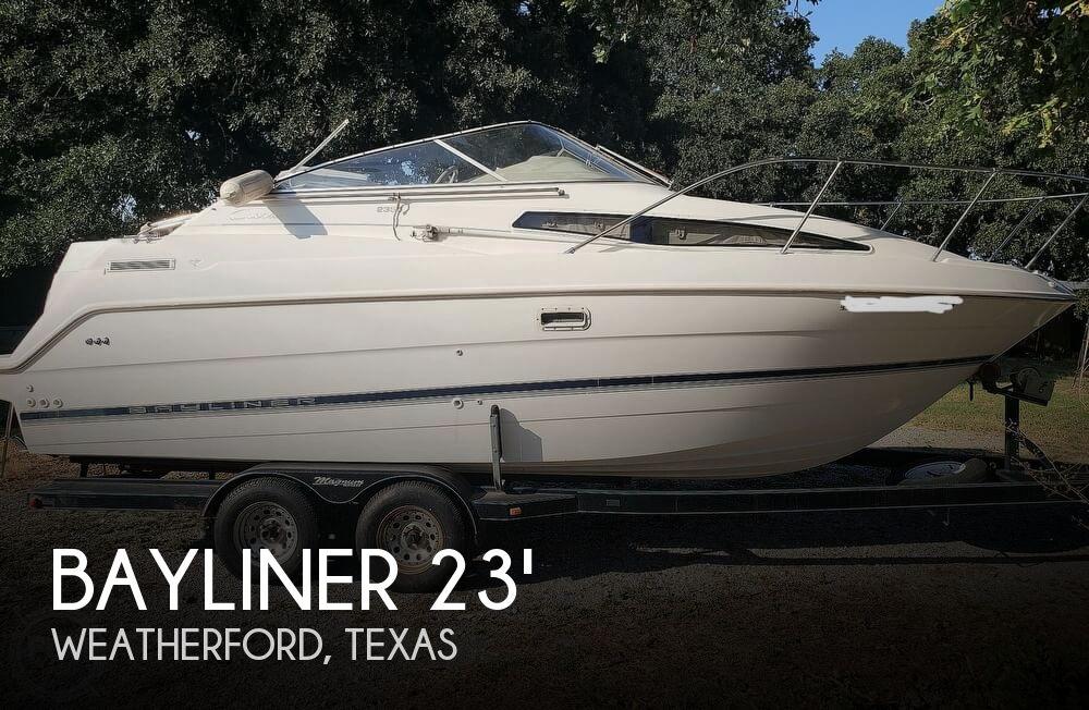 1998 Bayliner boat for sale, model of the boat is 2355 Ciera Sunbridge & Image # 1 of 41
