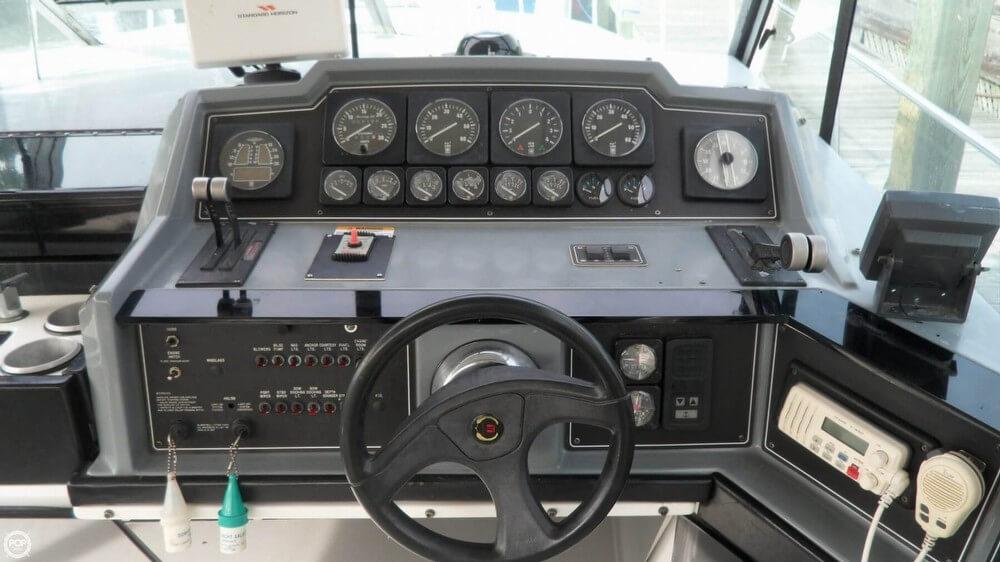 1988 Formula 35 PC - Photo #30