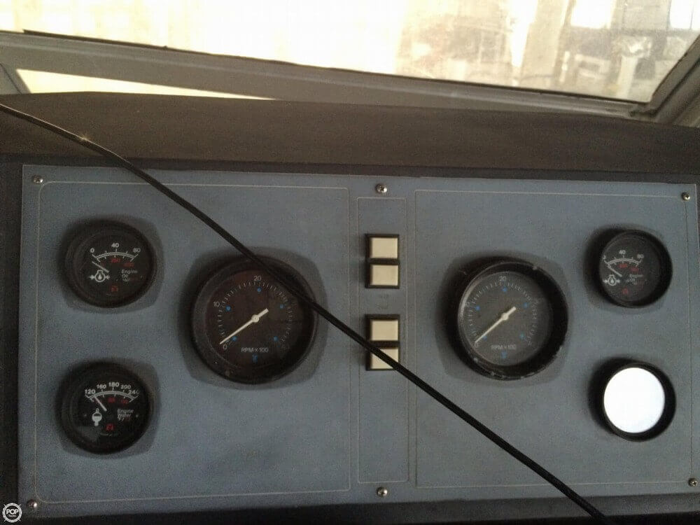 1979 Pacemaker 40 Aft Cabin - Photo #25