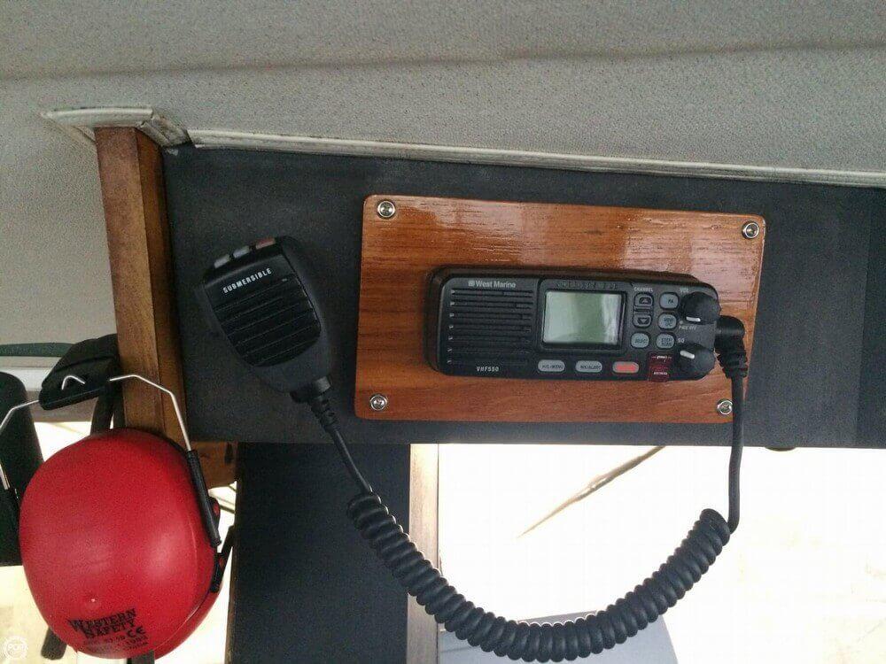 Datamarine International Offshore Model 2700 Depth Sounder