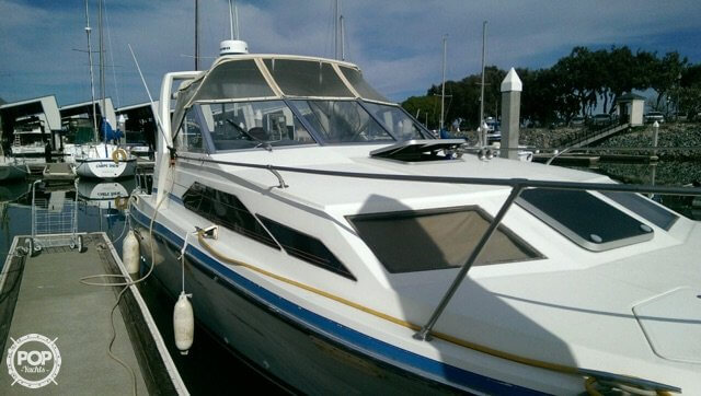 1987 Bayliner 2850 Contessa Sunbridge - Photo #3