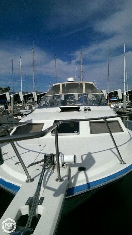 1987 Bayliner 2850 Contessa Sunbridge - Photo #4