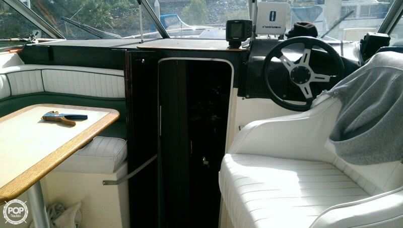 1987 Bayliner 2850 Contessa Sunbridge - Photo #10