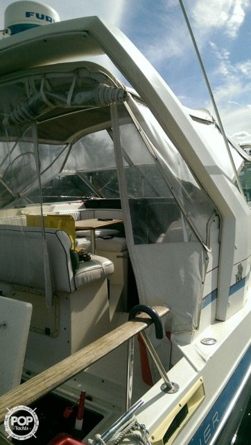 1987 Bayliner 2850 Contessa Sunbridge - Photo #11