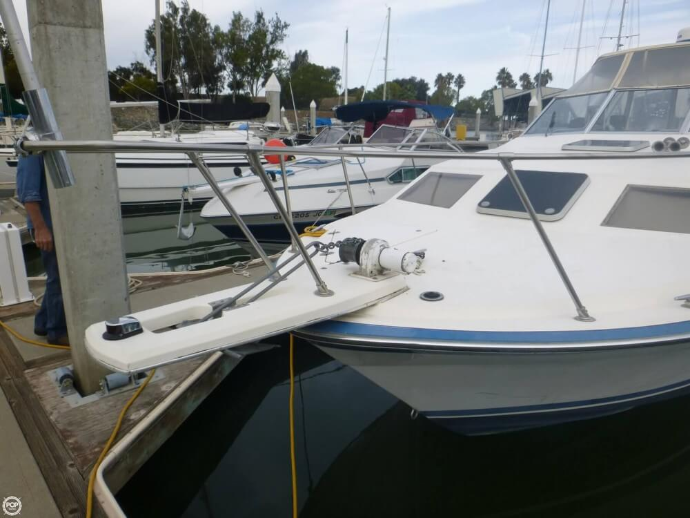 1987 Bayliner 2850 Contessa Sunbridge - Photo #13
