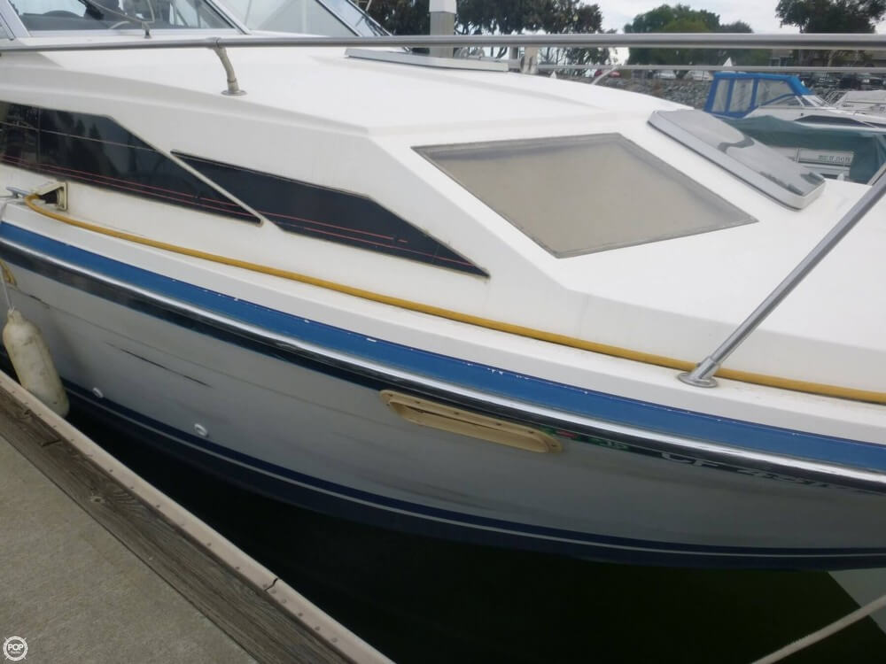 1987 Bayliner 2850 Contessa Sunbridge - Photo #19