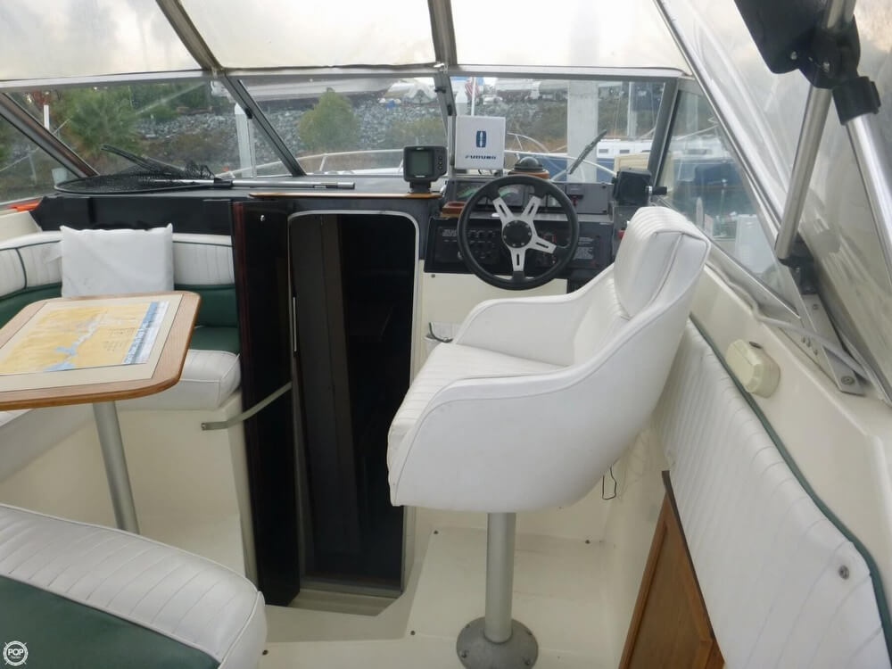 1987 Bayliner 2850 Contessa Sunbridge - Photo #37