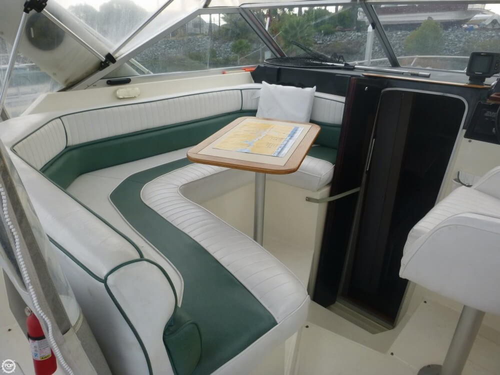 1987 Bayliner 2850 Contessa Sunbridge - Photo #38