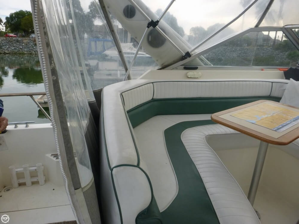 1987 Bayliner 2850 Contessa Sunbridge - Photo #39