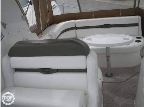 2008 Rinker 260 Express Cruiser - Photo #16