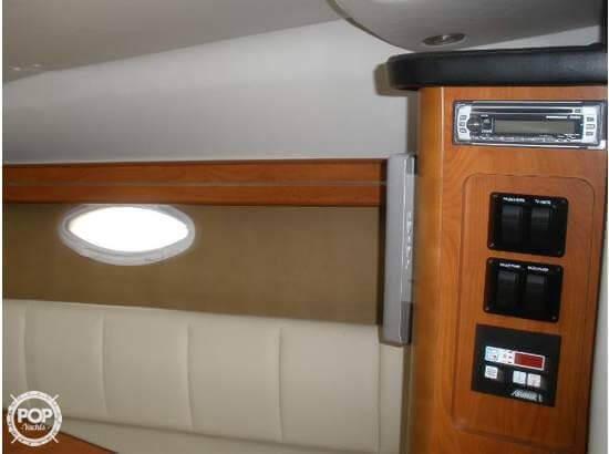 2008 Rinker 260 Express Cruiser - Photo #19
