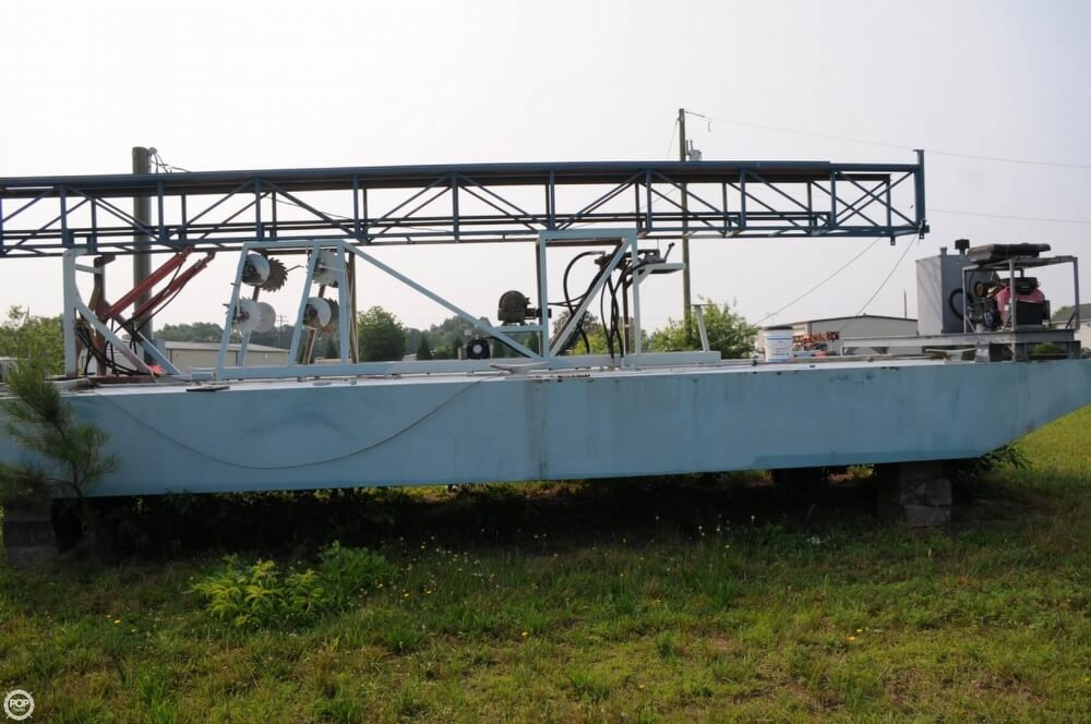 2009 Custom boat for sale, model of the boat is 30 Work Barge & Image # 7 of 40