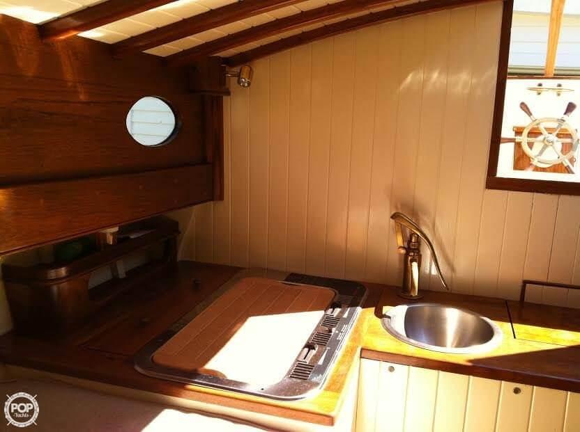 Galley Sink Apprx 12