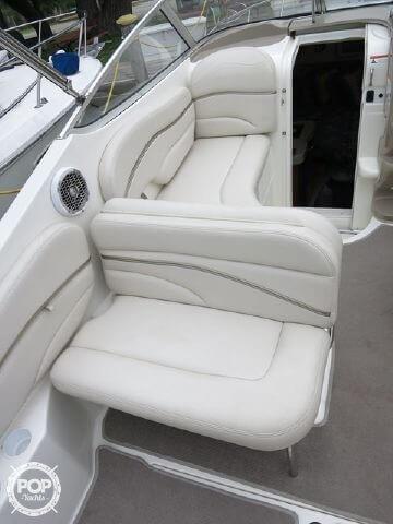 2004 Larson 240 Cabrio - Photo #2