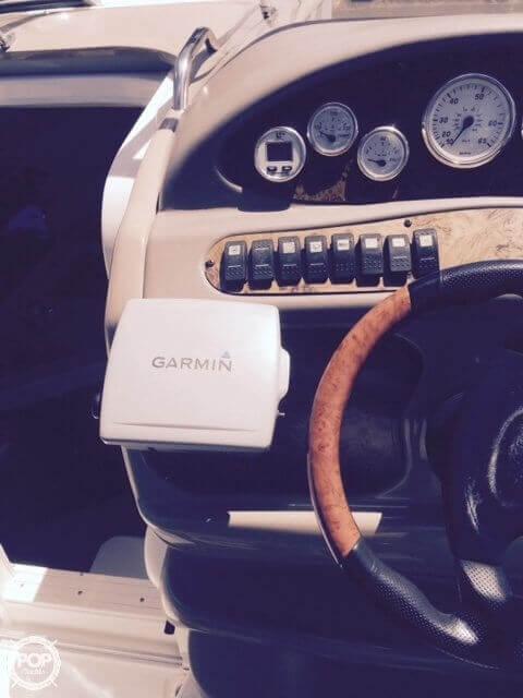 2004 Larson 240 Cabrio - Photo #26