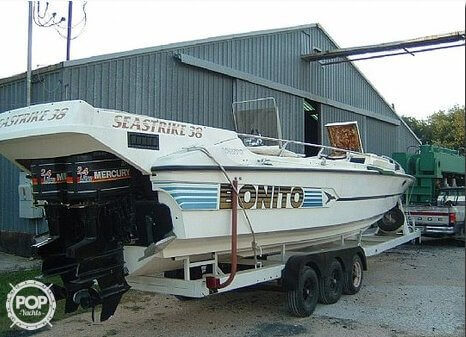 1987 Bonito boat for sale, model of the boat is 38 Seastrike & Image # 22 of 40