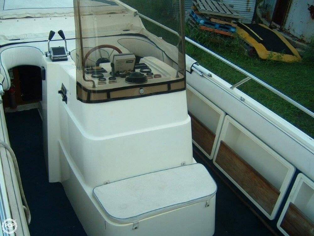 1987 Bonito boat for sale, model of the boat is 38 Seastrike & Image # 26 of 40
