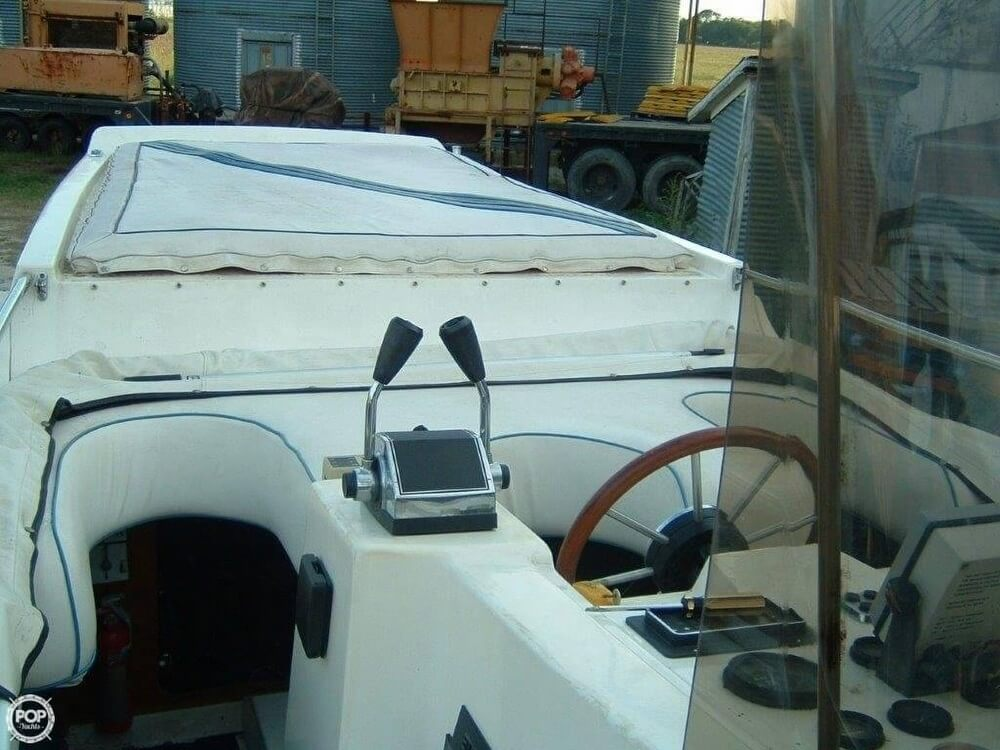 1987 Bonito boat for sale, model of the boat is 38 Seastrike & Image # 27 of 40