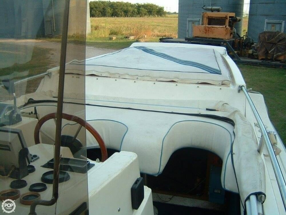 1987 Bonito boat for sale, model of the boat is 38 Seastrike & Image # 28 of 40