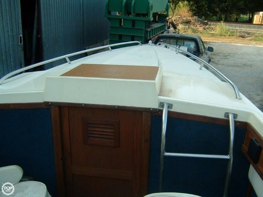 1987 Bonito boat for sale, model of the boat is 38 Seastrike & Image # 37 of 40