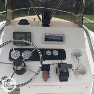 2004 Sea Hunt 232 Triton - Photo #18
