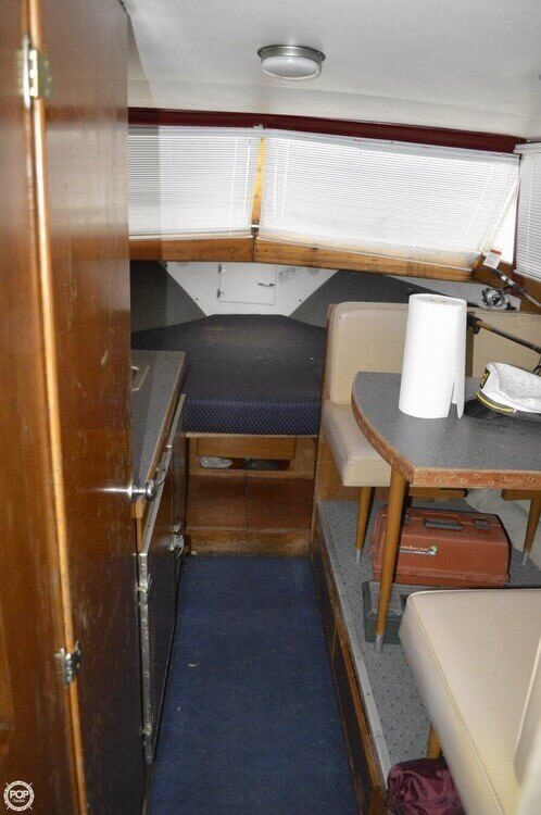 1969 Chris-Craft 27 Commander - Photo #5