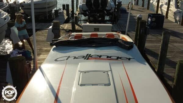 2007 Challenger DDC 33 - Photo #11