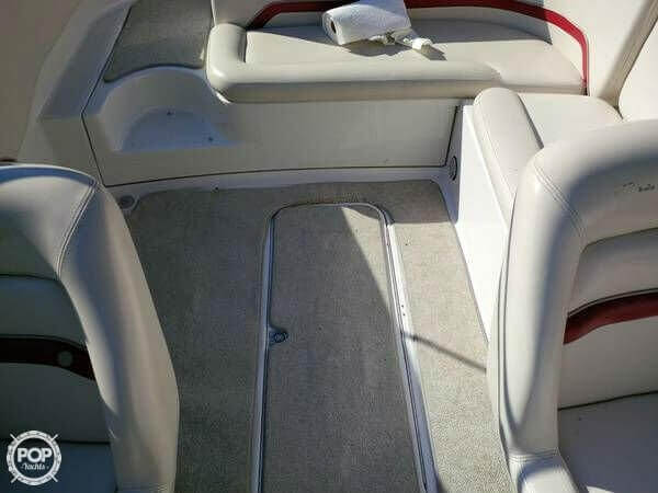 1998 Chris-Craft 240 Cuddy Cabin - Photo #11