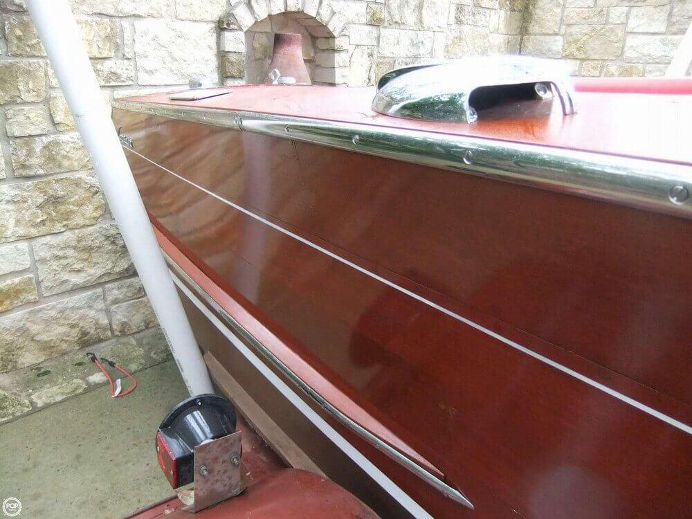 1961 Century 16 Corsair - Photo #10