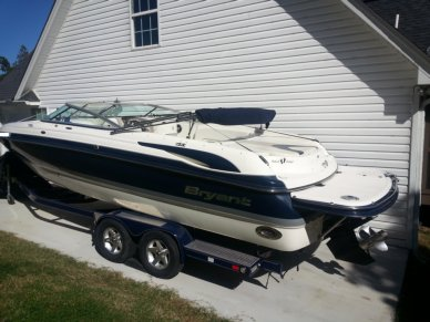 Bryant 265 Bowrider, 26', for sale - $46,999