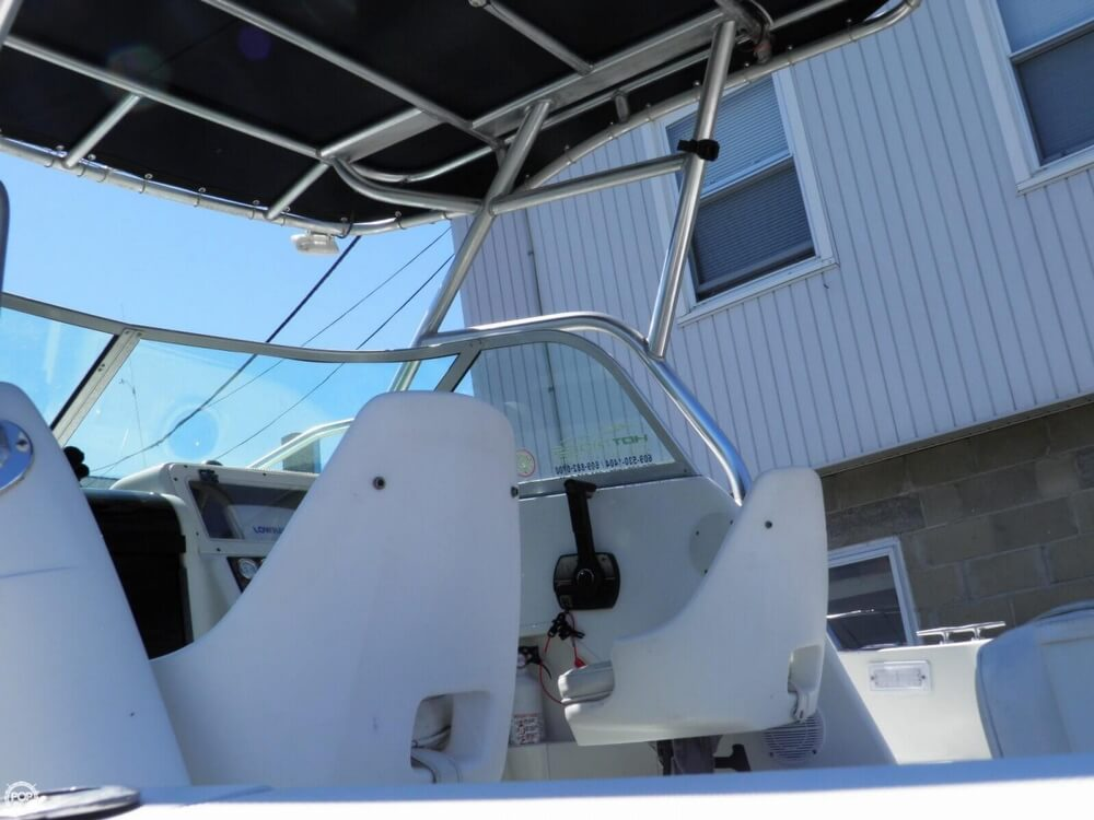 2003 Caravelle boat for sale, model of the boat is Sea Hawk 230 & Image # 32 of 40