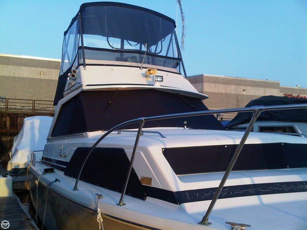 1977 Chris-Craft 36 Commander - Photo #17