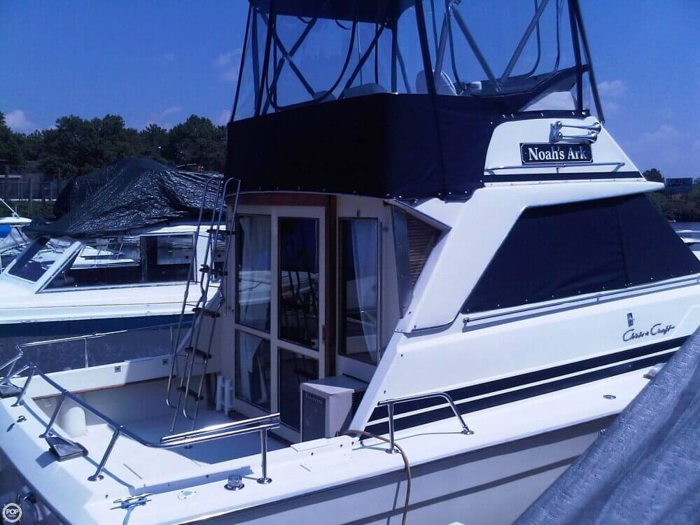 1977 Chris-Craft 36 Commander - Photo #24