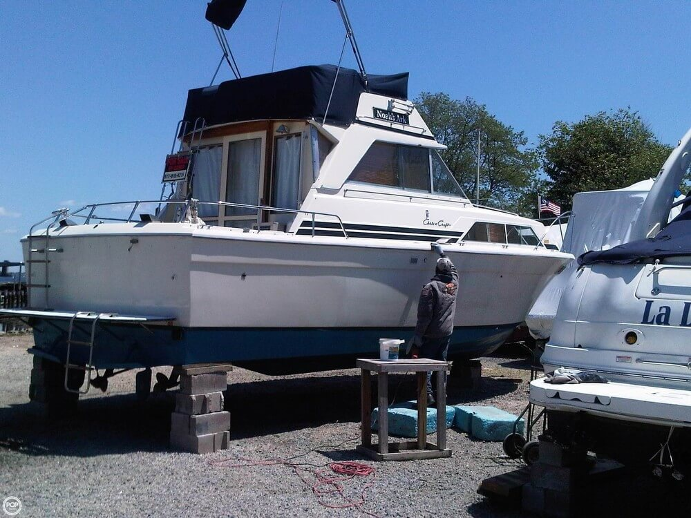 1977 Chris-Craft 36 Commander - Photo #33