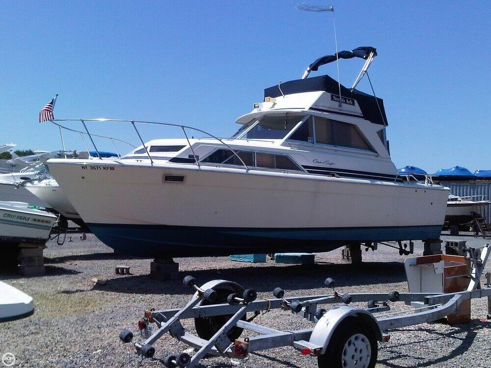 1977 Chris-Craft 36 Commander - Photo #34