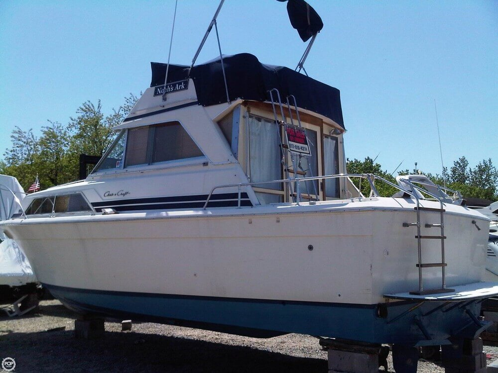 1977 Chris-Craft 36 Commander - Photo #35