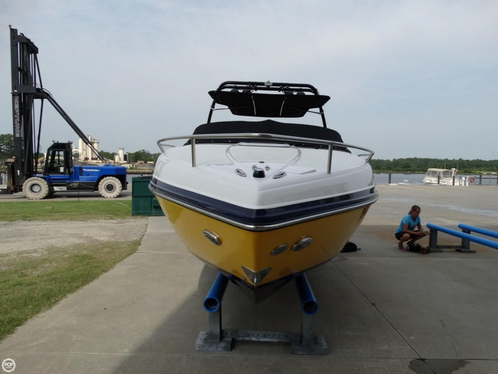 2013 Rinker Captiva 246 Overnighter - Photo #4