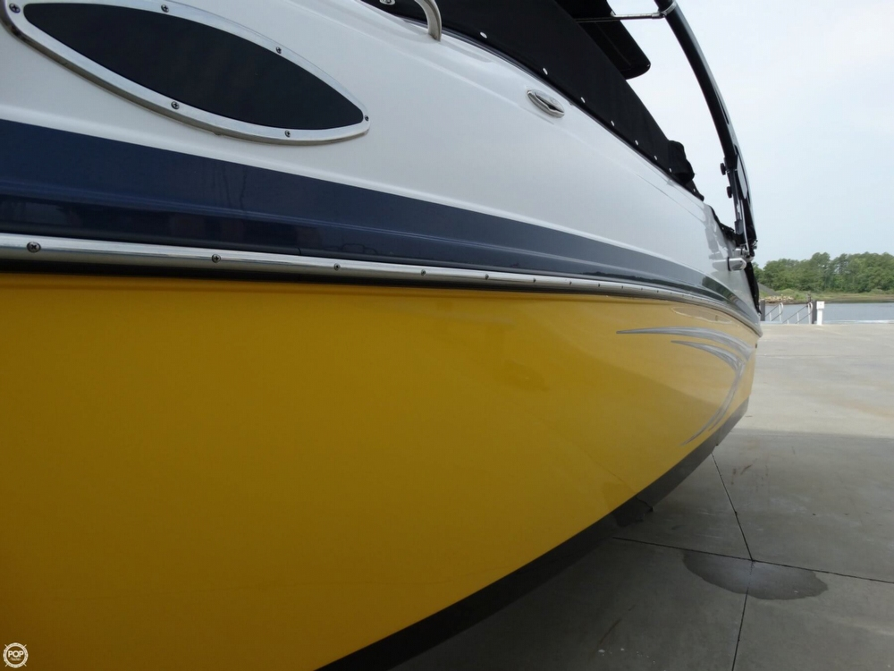 2013 Rinker Captiva 246 Overnighter - Photo #12