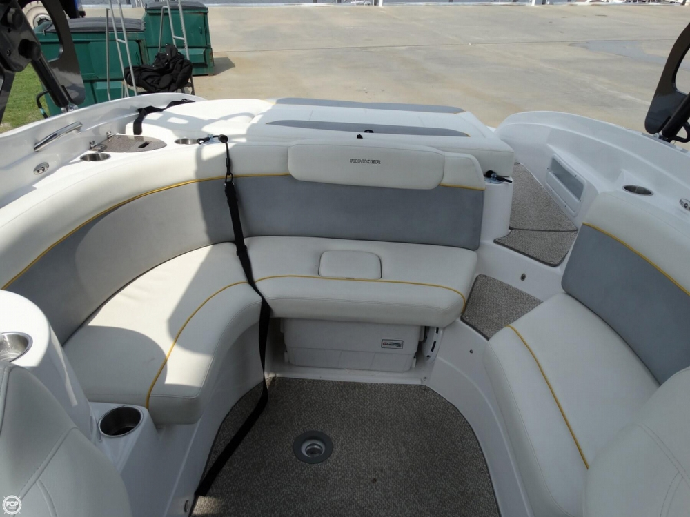 2013 Rinker Captiva 246 Overnighter - Photo #38
