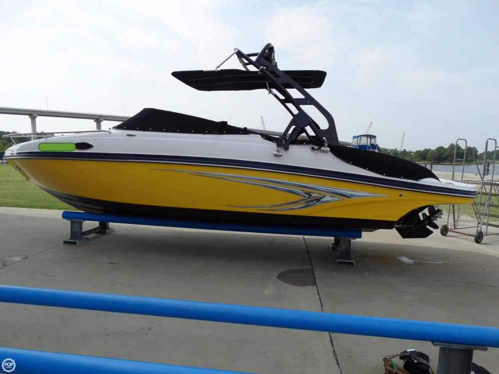2013 Rinker Captiva 246 Overnighter - Photo #5