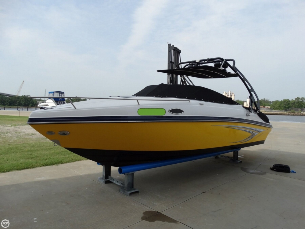 2013 Rinker Captiva 246 Overnighter - Photo #2