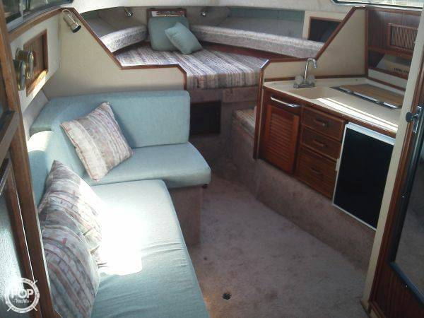 1986 Sea Ray 270 Sundancer - Photo #6