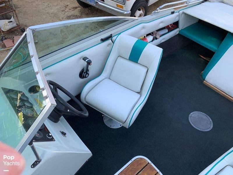 1989 Seaswirl boat for sale, model of the boat is Sierra Classic & Image # 15 of 40