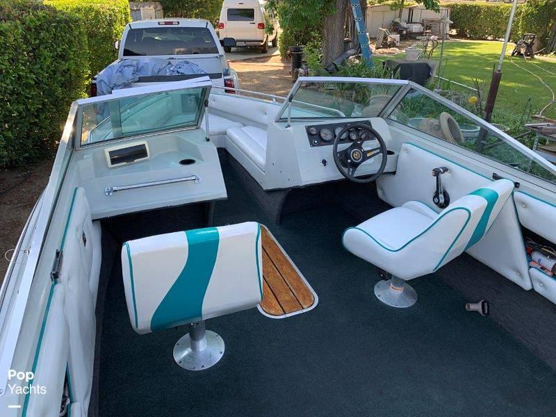 1989 Seaswirl boat for sale, model of the boat is Sierra Classic & Image # 33 of 40